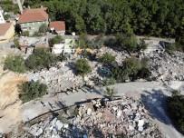 KARTAL BELEDİYESİ - İstanbul'da Yıkılan Korku Evleri Havadan Görüntülendi