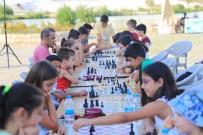 Pamukkale Belediyesi'nden 'Sokakta Satranç Var' Etkinliği