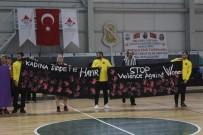 KADIN CİNAYETLERİ - Basketbolun Efsaneleri Sahada Kadına Şiddeti Protesto Etti