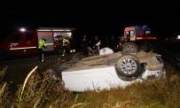 Takla Atan Otomobil Şarampole Yuvarlandı Açıklaması 2 Ölü