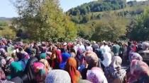 Kazada Ölen Genç Kadının Cenazesi Defnedildi