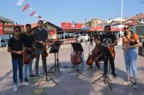 Okula Sokak Konseriyle Başladılar