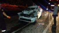 Otomobil İle Hafriyat Kamyonu Çarpıştı Açıklaması 1 Ağır Yaralı
