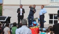 Sünnet Çocukları Belediye Başkanı Ve Kaymakamın Makam Aracıyla Şehir Turu Attı