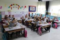 Edirne'de İlk Ders Zili Çaldı, 55 Bin 251 Öğrenci Ders Başı Yaptı