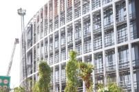 Kavacık'ta Üniversitede Çıkan Yangın Söndürüldü