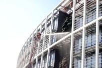 Kavacık'ta Üniversitede Yangın Paniği
