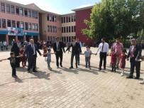 Muş'ta 711 Okulda 115 Bin 631 Öğrenci Ders Başı Yaptı
