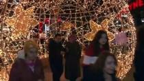 BAĞDAT CADDESI - Bağdat Caddesi'nde Binlerce Kişi Yeni Yıla Merhaba Dedi