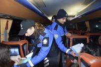 Burdur Polisinden Sürücü Ve Yolculara Ceviz Ezmeli Yılbaşı Kutlaması