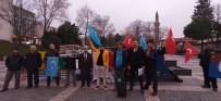 ULUDAĞ ÜNIVERSITESI - Bursa'da Çin'in Doğu Türkistan Politikaları Protesto Edildi