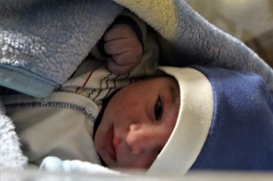 Elazığ'da Yeni Yılın İlk Bebeği 'Emir Ali' Oldu