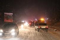 Kar Abant Tabiat Parkı Yolunda Trafiği Etkiledi