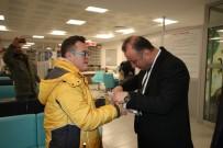 Sinop Belediye Başkanı Ayhan'dan Yılbaşında Çalışanlara Ziyaret
