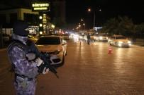 ÇEVİK KUVVET - Adana'da 2 Bin 708 Polisle Asayiş Uygulaması