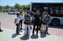 Balıkesir'de Polis 33 Aranan Şahsı Yakaladı