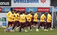 YOUNES BELHANDA - Galatasaray'da Antalya Kamp Kadrosu Belli Oldu