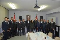 MEHMET TAHMAZOĞLU - Güneydoğulu Halıcılar Hannover Başkonsolosunu Ziyaret Etti