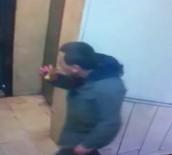 Simit yiyerek hırsızlık kamerada!