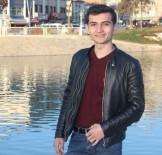 Kavgayı Ayırmak İsterken Bıçaklanan Öğrenci Hayatını Kaybetti