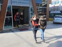 MASAJ - Kocaeli'de Masaj Salonuna Fuhuş Baskını Açıklaması 5 Gözaltı