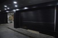 KURUYEMİŞ - Kuruyemiş Dükkanındaki Hırsızlık Anı Kamerada