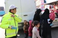 TRAFİK KANUNU - Polisten Suriyelilere Trafik Eğitimi