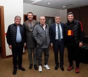 ŞENOL GÜNEŞ - Şenol Güneş, Galatasaray'ın Kampını Ziyaret Etti