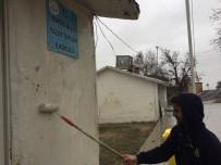 Üniversite Öğrencilerinden Mardin'de Köy Okulu Öğrencilerine Yardım Elli