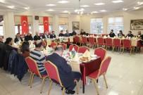 Vali Çakır, 'Çalışan Gazeteciler' Gününü Kutladı