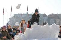 Akhisar Belediyesinden Çocuklara Kar Sürprizi