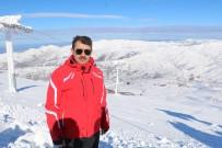 SİVAS VALİSİ - Hafta Sonu Kayak Pistleri Doldu Taştı