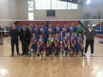 BEDEN EĞİTİMİ ÖĞRETMENİ - Hürriyet Mesleki Ve Teknik Anadolu Lisesi Kayseri Şampiyonu Oldu