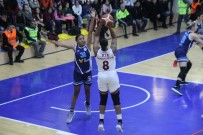 Kadınlar Basketbol Süper Ligi Açıklaması Elazığ İl Özel İdare Açıklaması 69 - İzmit Belediyespor Açıklaması 87