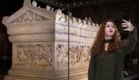 FACEBOOK - 'Müzede Selfie Günü' Etkinliği Başladı