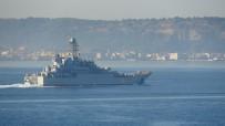 SAVAŞ GEMİSİ - Rus Savaş Gemisi Çanakkale Boğazı'nda Geçti