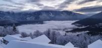 Artvin'de Karlı Dağlarla Bulutlarla Görsel Şöleni