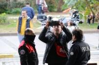 FRANSA - 'Beni Kandırıyorsunuz' Deyip Esnafa Bıçak Çekti, Gözaltına Alındı