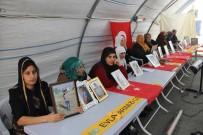 HDP Önündeki Ailelerin Evlat Nöbeti 132'Nci Gününde