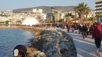 SAHİL YOLU - Kuşadası'nda Vatandaşlar Sahile Akın Etti