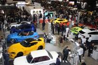 YARIŞ - Tokyo'daki Modifiye Araç Fuarında Yüzlerce Araç Görücüye Çıktı