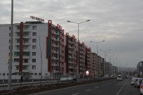 Türkiye'nin En Büyük Mahallesini En Güzel Mahalle Yapmak İçin Kolları Sıvadı
