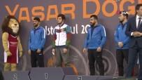 GÜMÜŞ MADALYA - Yaşar Doğu Güreş Turnuvası Sona Erdi