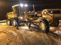 YAĞAN - Artvin'de Kar Nedeniyle 83 Köy Yolu Ulaşıma Kapandı