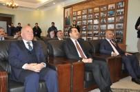 Azerbaycan'ın 100. Yıl Anısına Madalya Verildi