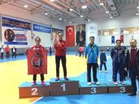 Belediye Masa Tenisinde Türkiye Şampiyonu Oldu