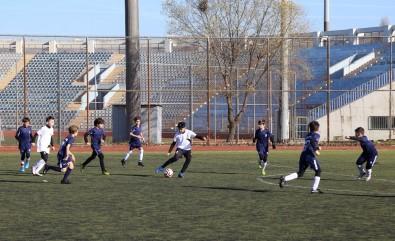 Büyükçekmece, Kazakistan'ın Real Sport Takımıyla 'Dostluk Maçı' Yaptı