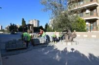 KORKULUK - Çiğli'de Yollar Yenileniyor
