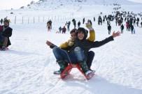 KARACADAĞ - Güneydoğu'nun Tek Kayak Merkezi Karacadağ Doldu Taştı