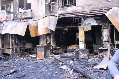 İzmir'de Dehşete Düşüren Yangın Açıklaması 5 Kişi Dumandan Etkilendi